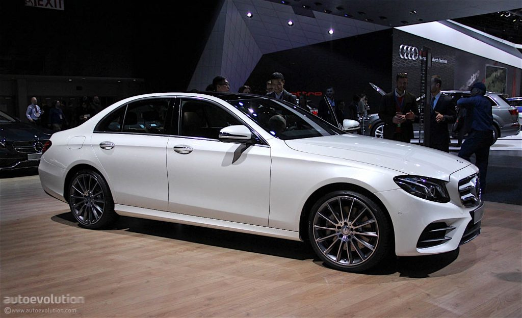 mercedes-benz-e-class-unveiled-at-detroit-auto-show-live-photos_11