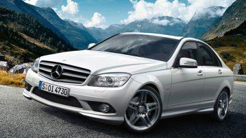 2017-Mercedes-Benz-C200-2