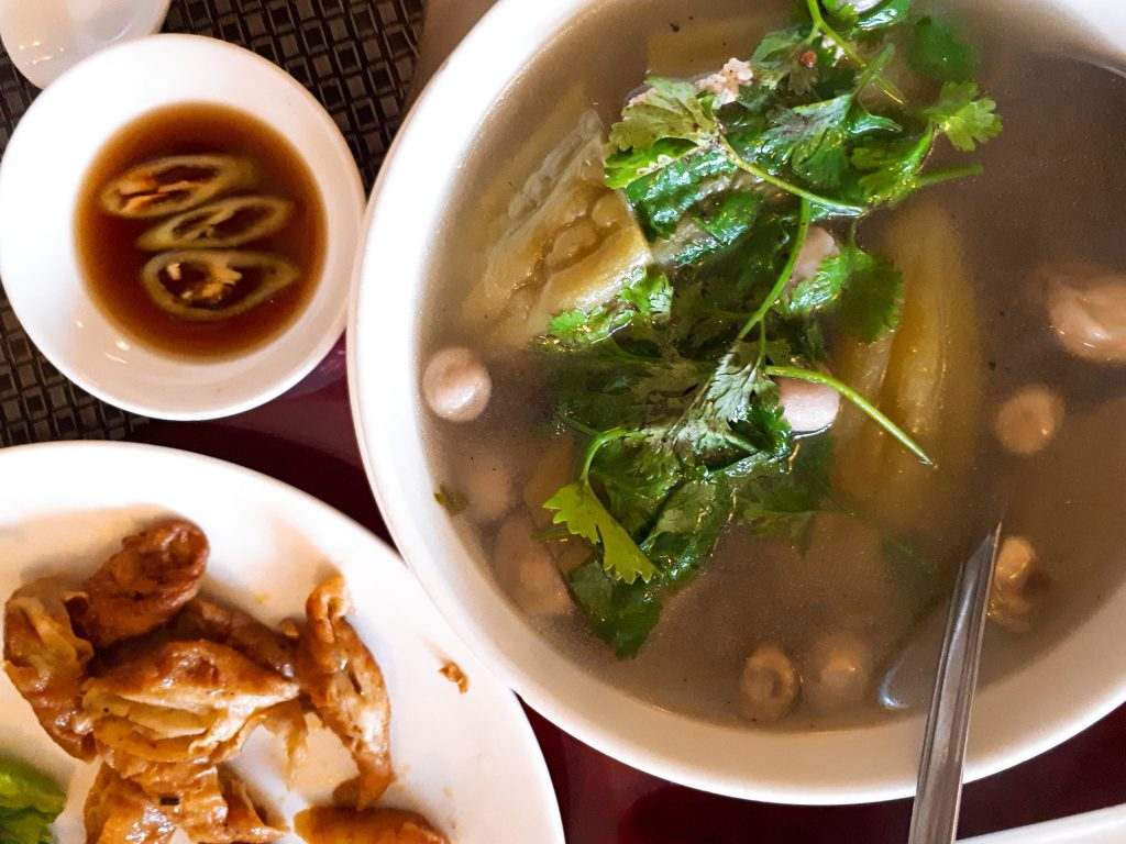 quan chay san may 771 le hong phong 10 1024x768 - Sân Mây: Quán chay ngon đường Lê Hồng Phong - trai-nghiem, am-thuc