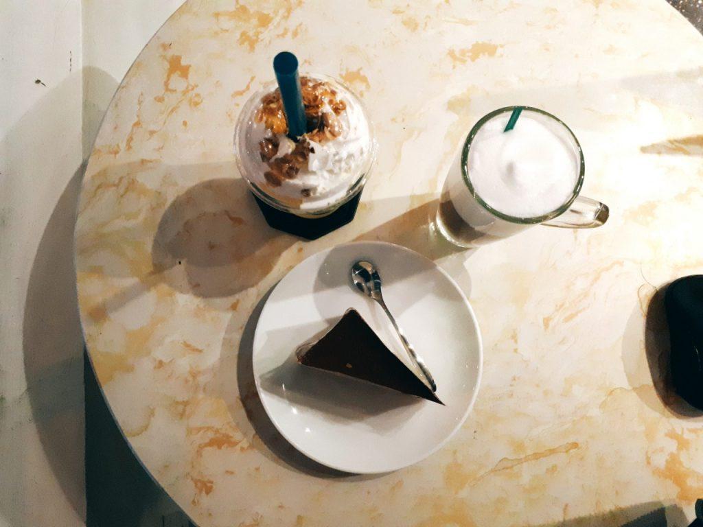 cafe kai nguyen thai binh 3 e1540219270571 1024x768 - Cafe Kai: Cafe cho những ai yêu công việc và không gian - trai-nghiem, am-thuc