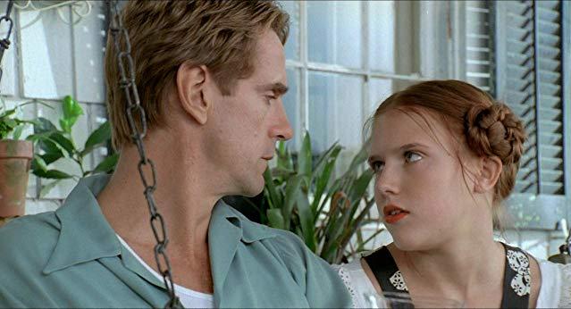 lolita nang lolita 1997 14 - Lolita (1997): Vẻ đẹp ngọt ngào và tình yêu cuồng loạn - trai-nghiem, giai-tri