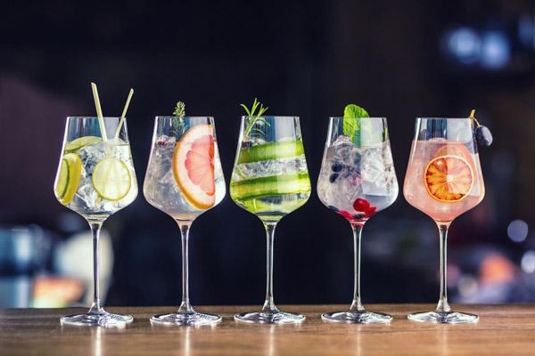 gin-and-tonic-hien-dai
