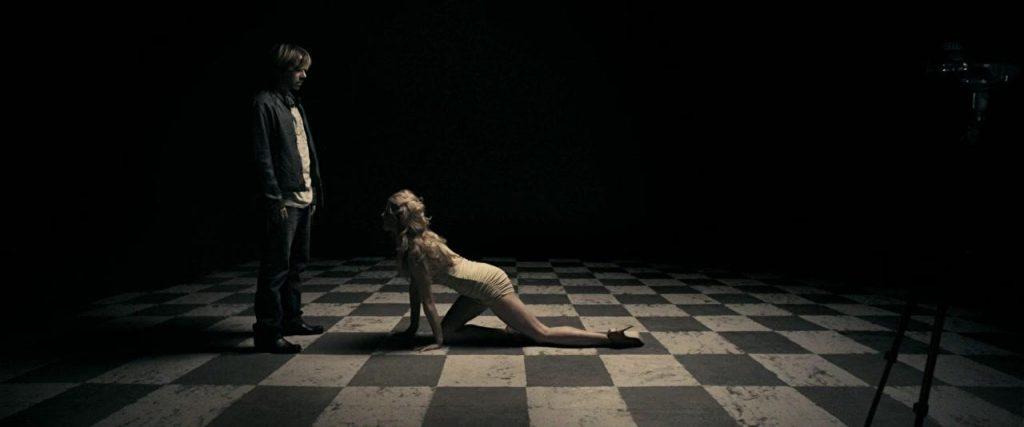 a serbian film horror 8 1024x427 - A Serbian Film (2010): Phim kinh dị với những cảnh nóng đẫm máu - trai-nghiem, giai-tri
