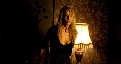 julia-eyes-2010-kinh-di