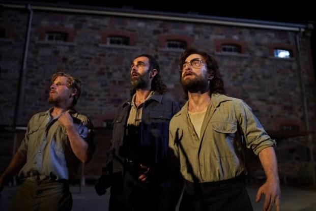 pretoria phi vu vuot nguc 5 - Escape From Pretoria: Câu chuyện vượt ngục đi cùng lịch sử thế giới - trai-nghiem, giai-tri