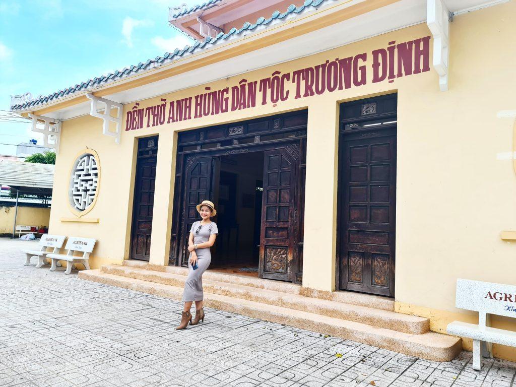 den truong dinh go cong 2 1024x768 - Hành trình Cửu Long: Tìm về chín con rồng nước Việt - Phần 109 - hanh-trinh-25, du-lich
