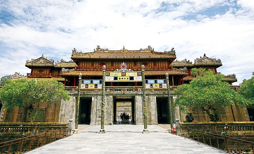 cổng ngọ môn - Triều Nguyễn: Lịch sử hình thành và 13 triều vua - Phần 1 - tham-khao, lich-su